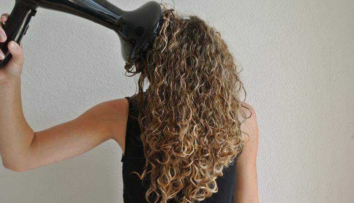 secher cheveux boucles seche cheveux